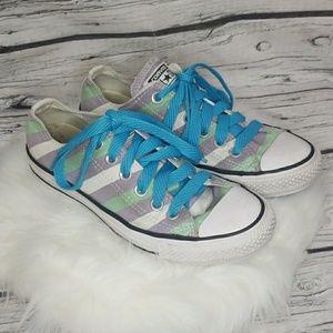 Converse striped low top lace up skate shoes sz 7